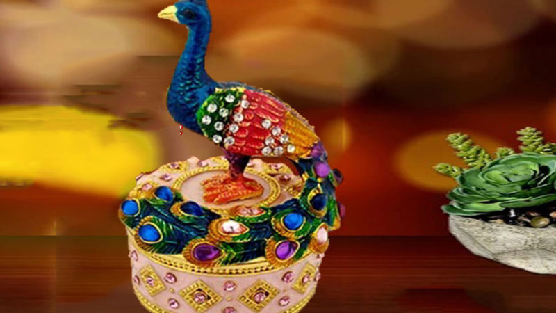 Decorative Metallic Bejewelled Peacock / Mor With Secret Magnetic Compartment Box Indian Souvenir Gift